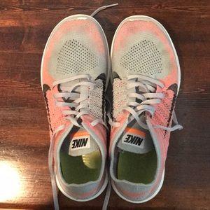 Nike Free Flyknit Tennis Shoes